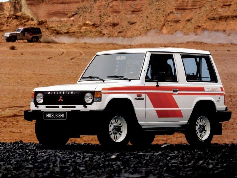 Auto Mitsubishi Pajero 1982