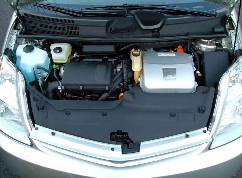 Prius II engine