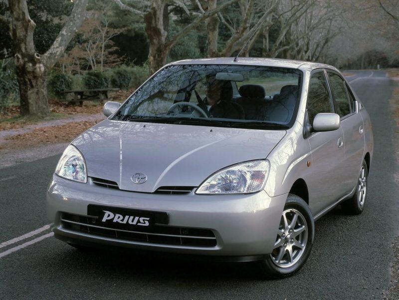 Auto Toyota Prius 2001