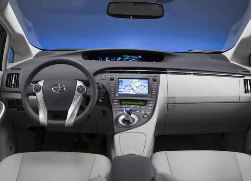 Salon of Toyota Prius III