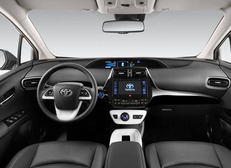 Toyota Prius IV interior