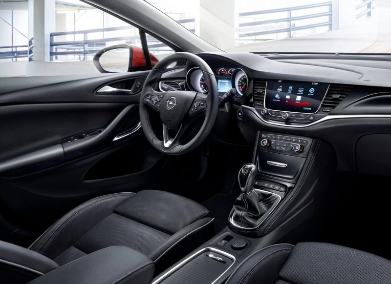 Opel Astra To interior
