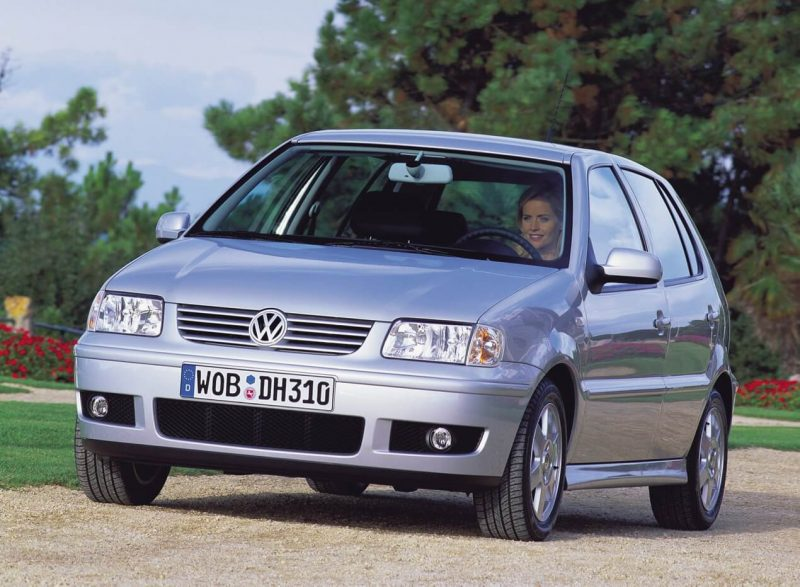 Front view of Volkswagen Polo III
