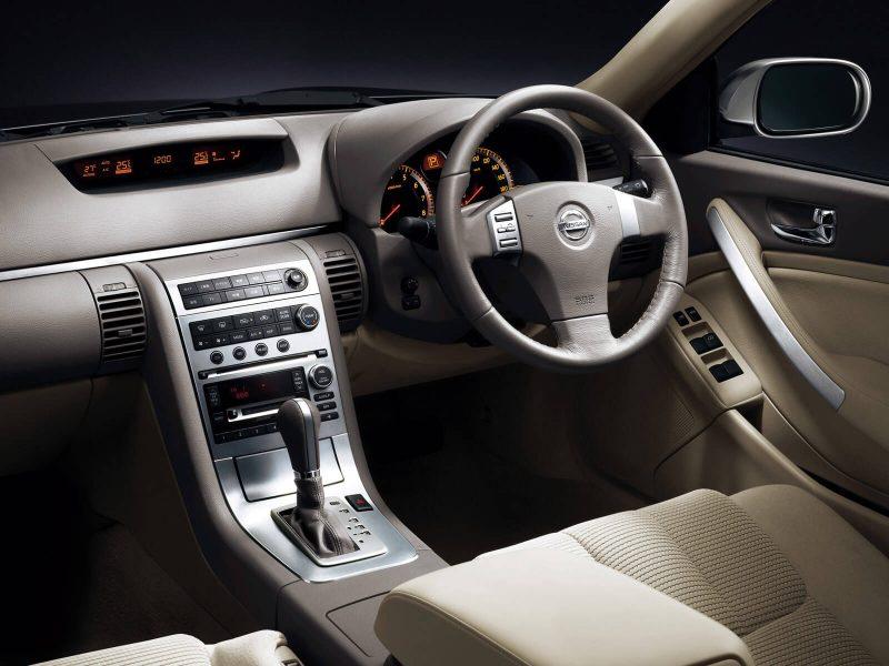 Interior of Nissan Skyline (V35)