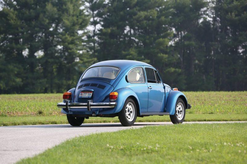 Volkswagen Beetle back view