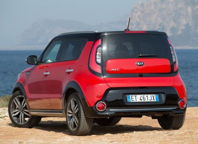 Rear view of KIA Soul II