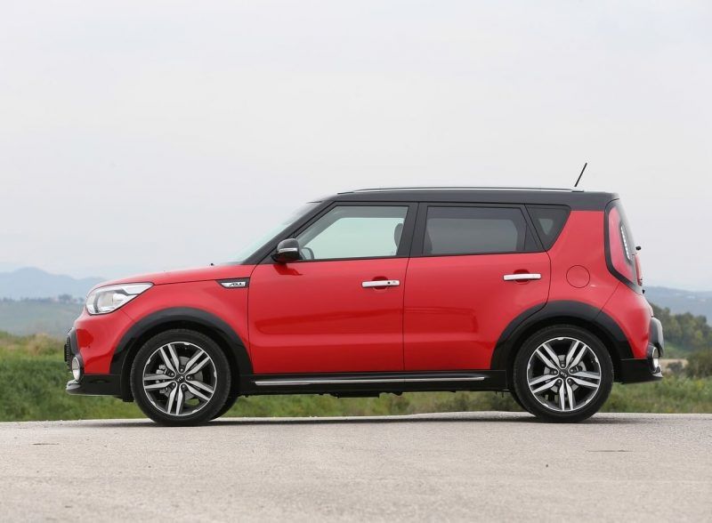Side view of KIA Soul II