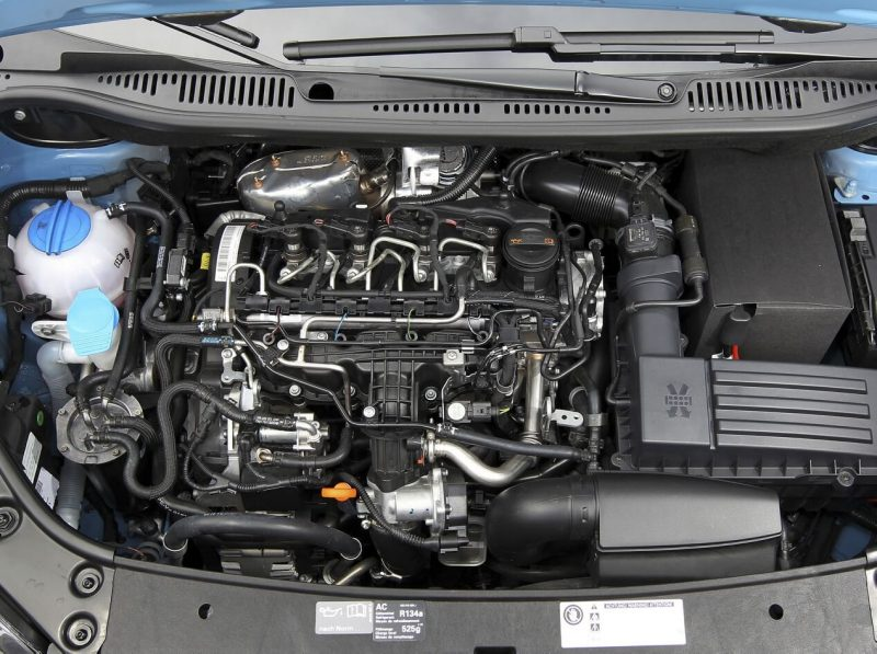 Volkswagen Caddy III engine