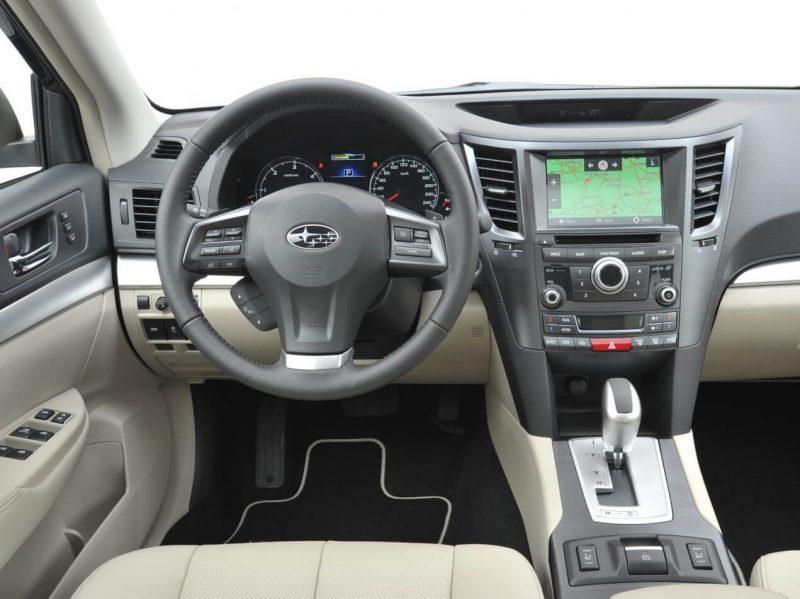 Subaru Outback IV Interior