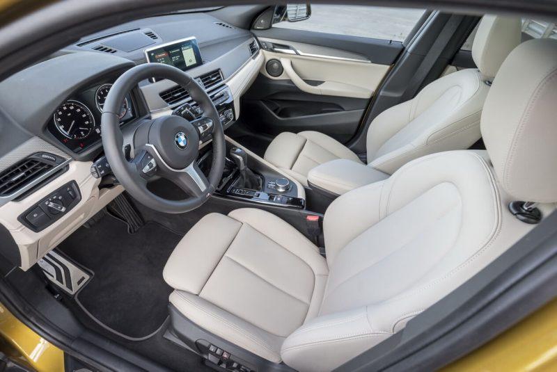 BMW X2 salon