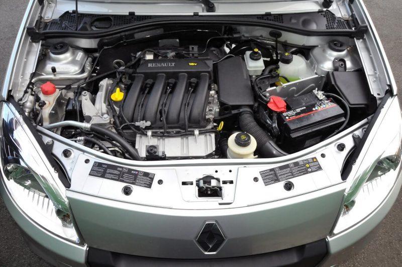Renault Sandero I engine