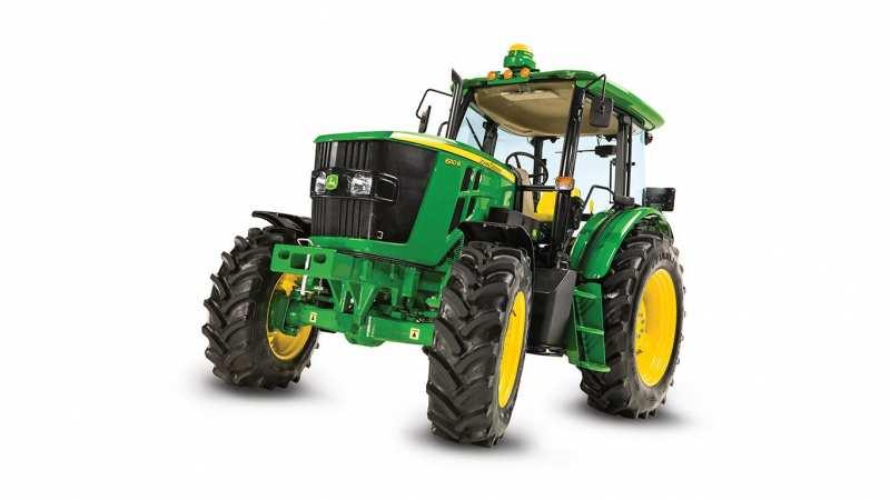 John Deere 6110B universal wheeled tractor
