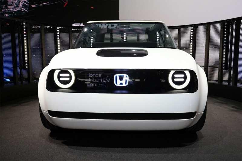 Honda Urban EV front view