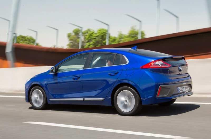 Side view Hyundai Ioniq