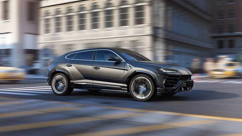 Photos of cars Lamborghini Urus