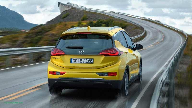 Rear view Opel Ampera-e