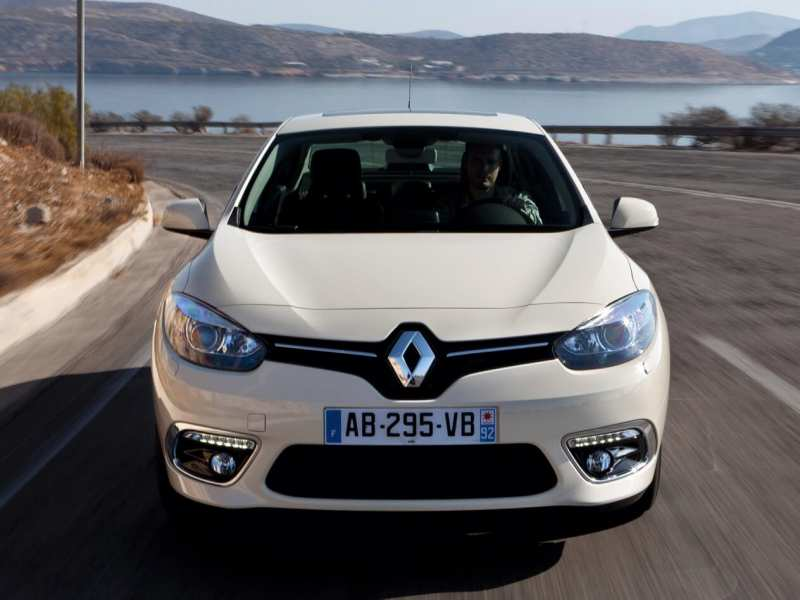 Front view of Renault Fluence