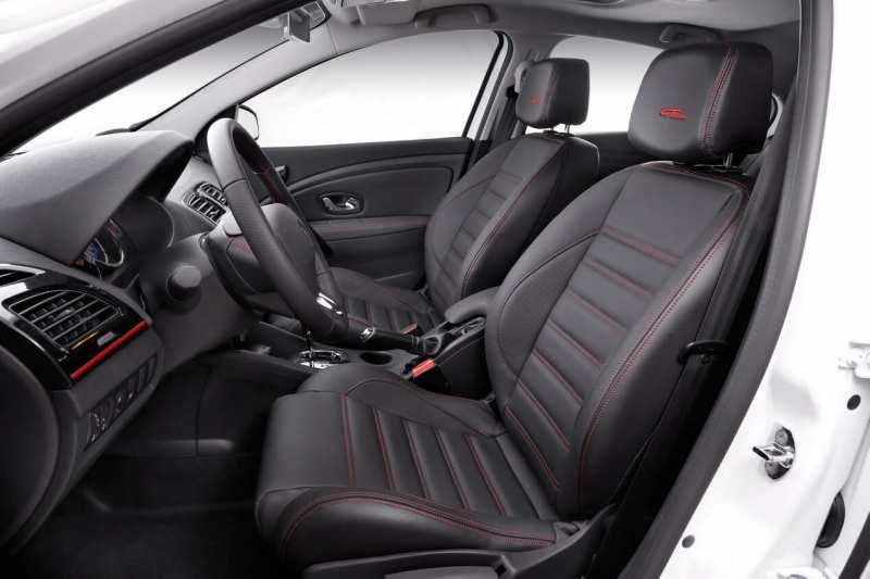 Fluence GT interior