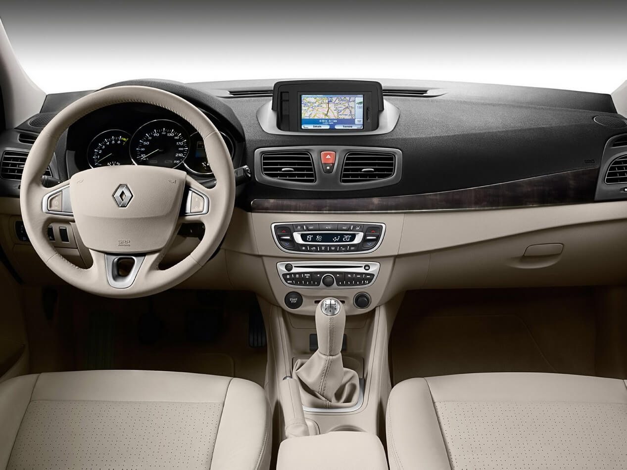 Renault Fluence Specifications Equipment Photos Videos Reviews