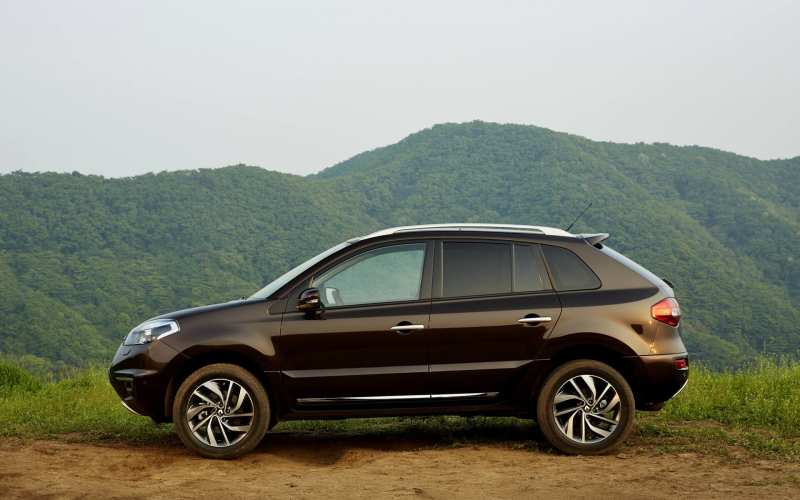 Renault Koleos side view