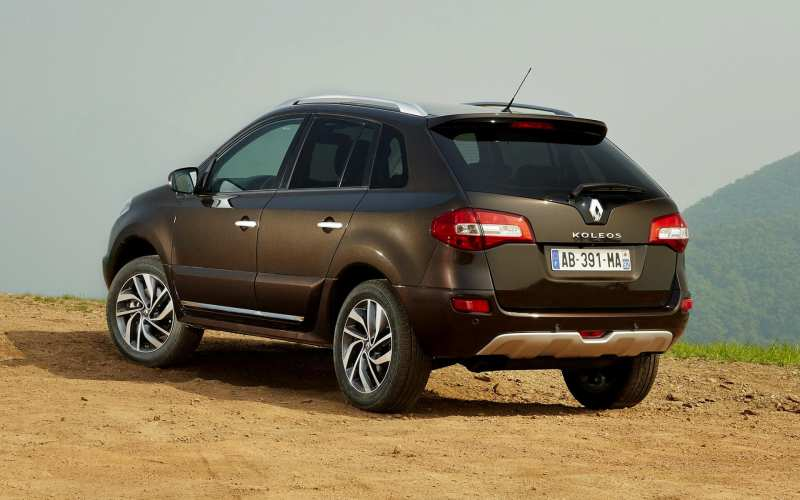 Renault Koleos view from behind