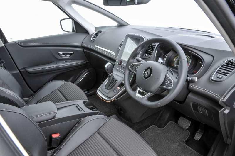 Interior of Renault Scenic IV