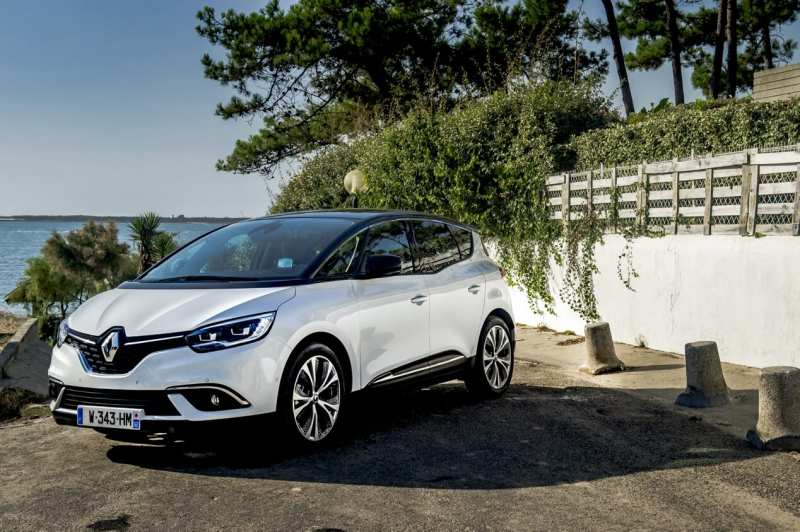 Renault Scenic Hybrid Assist