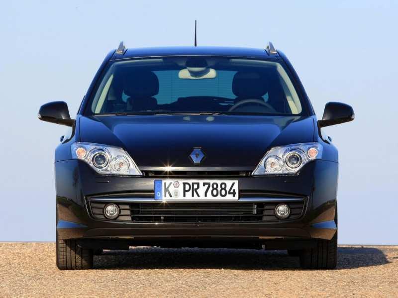 Front view of Renault Laguna Grandtour