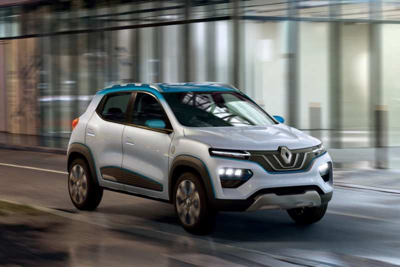 The first live photos of the Renault folk electric crossover are shown