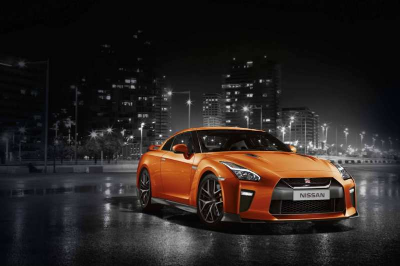 Japanese chic on the example of Nissan GT-R