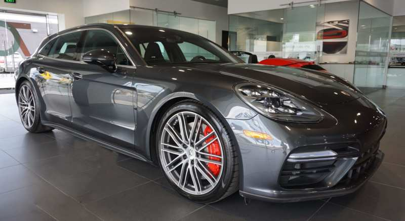 Porsche Panamera is caught red-handed