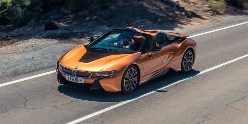 The design and characteristics of the new BMW i8 are declassified