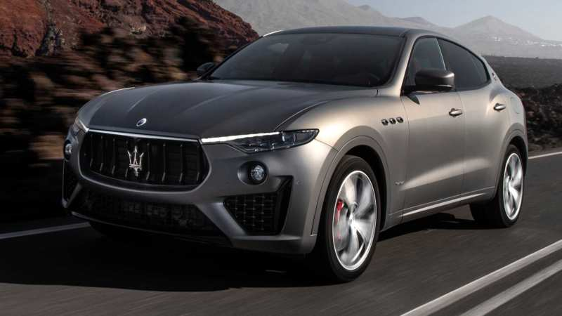 Maserati's debut SUV will arrive in January 2016