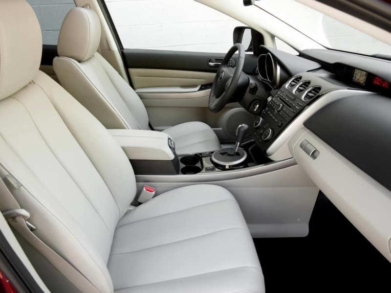 Interior Mazda СХ-7
