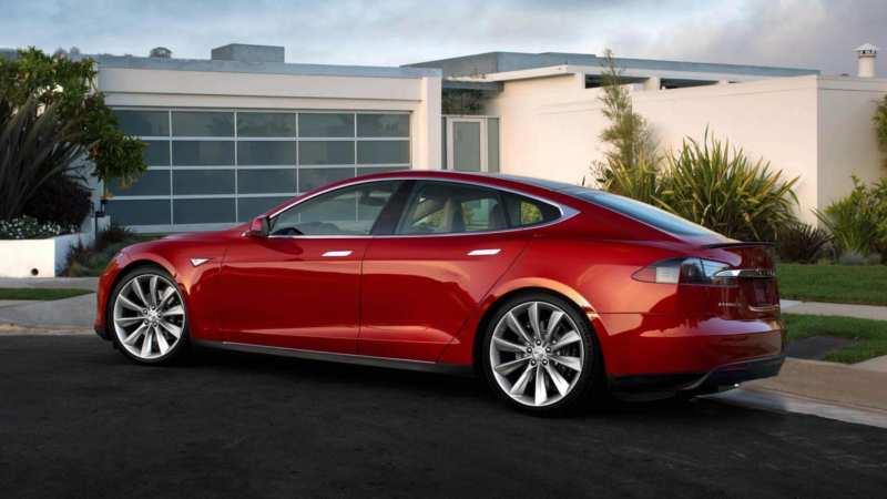 Side view of Tesla Model S
