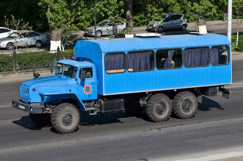 Ural-3255