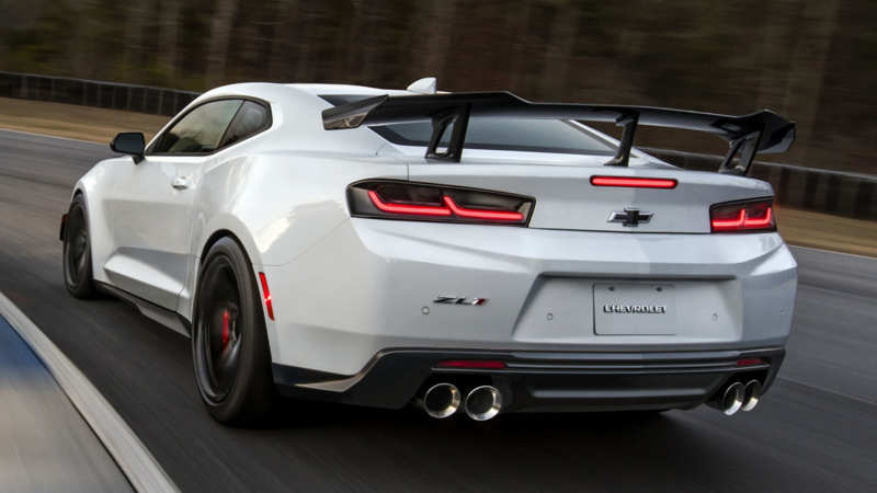 Chevrolet Camaro ZL1 1LE rear view