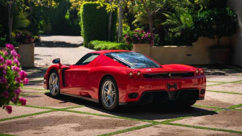 Ferrari Enzo rear view