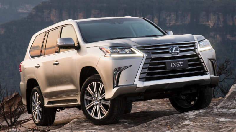 Lexus LX570 photo