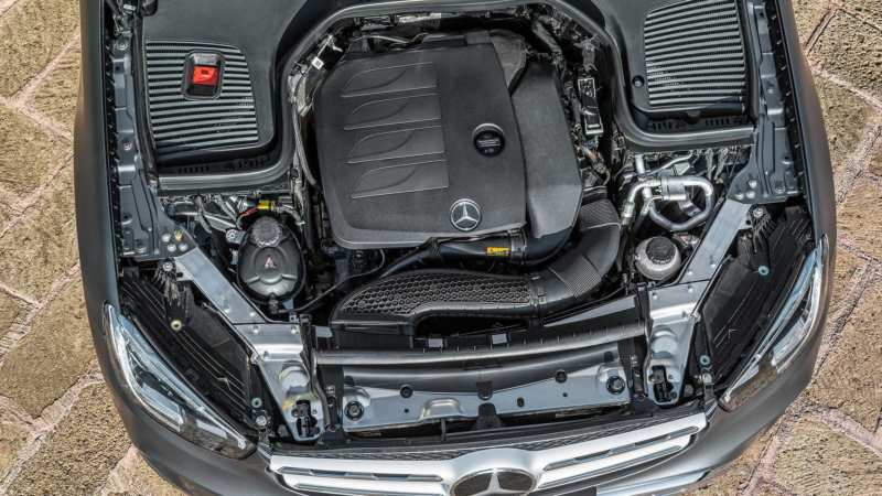 Mercedes-Benz GLC engine
