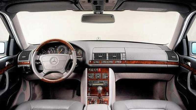 Mercedes-Benz W140 interior