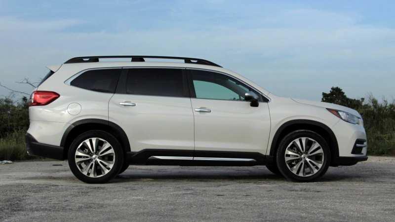 Subaru Ascent side view