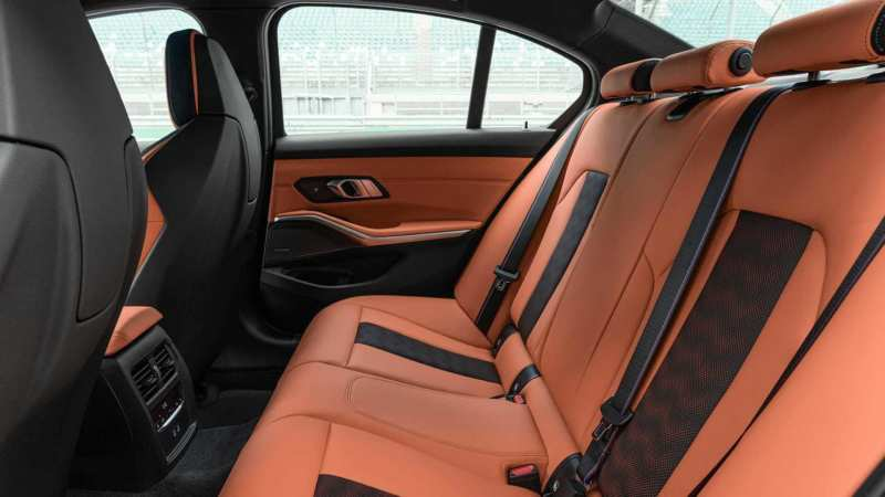 BMW M3 Competition rear sofa