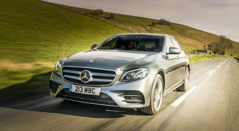 Front view of the Mercedes-Benz E-Class W213