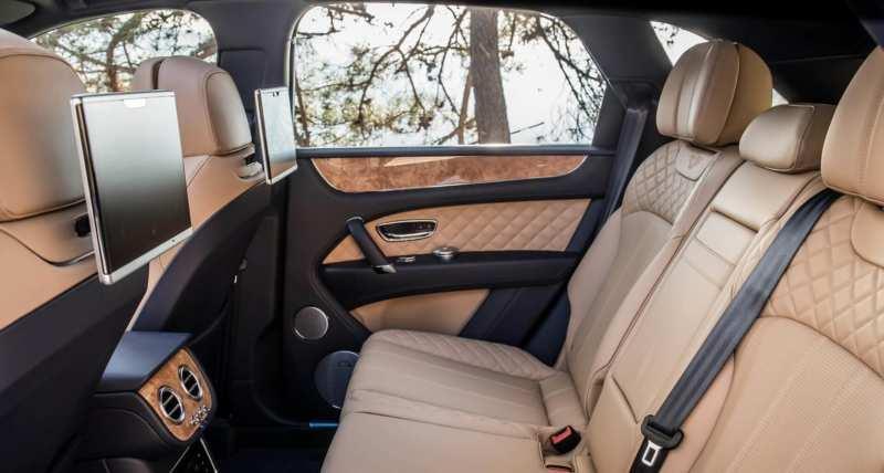 Bentley Bentayga interior photo