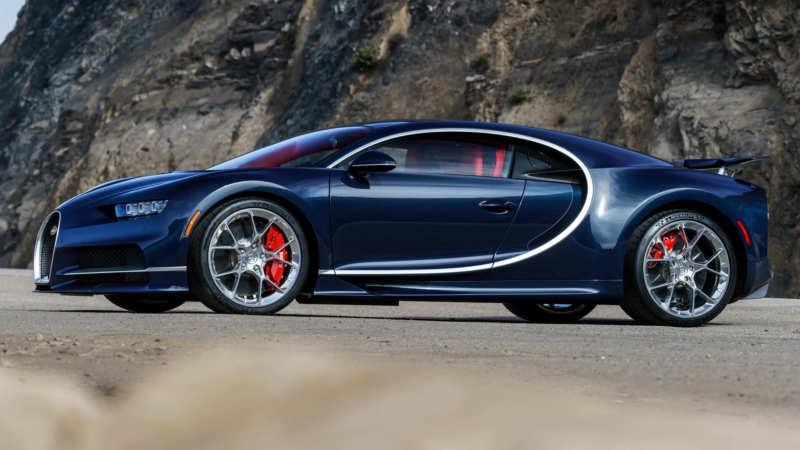 Bugatti Chiron side view