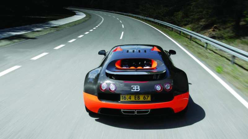 Bugatti Veyron Super Sport rear view