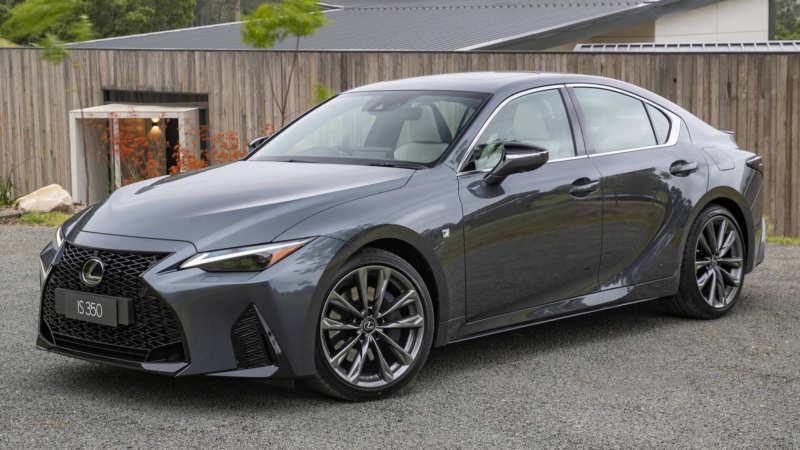 Lexus IS car photo