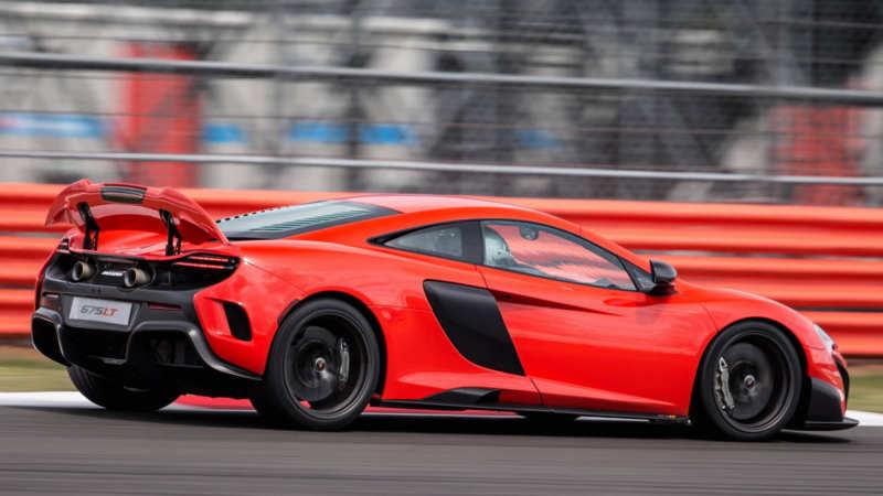 McLaren 675 LT side view