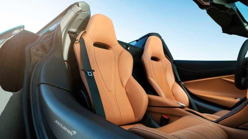 McLaren 720S interior photo